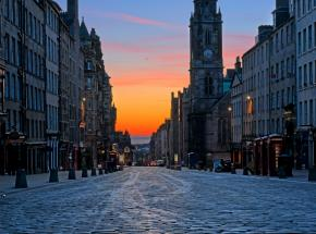 The Royal Mile at dawn, Edinburgh