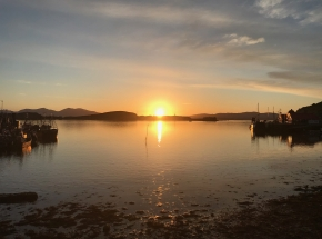 beautiful Islay sunset on tour
