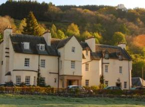 Accommodation near Loch Tay
